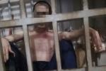Video: Toàn cảnh vợ nhốt chồng trong lồng sắt suốt 3 năm ở Thanh Hóa