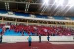 CĐV Hải Phòng đốt pháo sáng đỏ trời trong ngày Hà Nội FC 'chào sân' Mỹ Đình