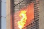Hà Nội: Cháy tòa nhà 28 tầng trên đường Dương Đình Nghệ