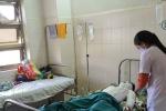 Nam sinh bị điện phóng trúng nhập viện nguy kịch