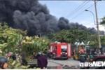 Ảnh: Cháy khu công nghiệp, thiêu rụi 5.000m2 nhà xưởng ở TP.HCM