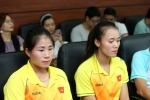 Cup Chien thang 2018: Bong da Viet Nam sang cua, Bui Thi Thu Thao de doat cu dup vang hinh anh 2