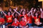 Video: CĐV Hà Nội vỡ òa sau bàn thắng của Anh Đức vào lưới Philippines