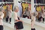 Clip cụ bà ngồi tâm sự với 'bạn thân' trong gương khiến người xem nghẹn ngào