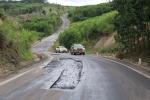 Đường Trường Sơn Đông đầu tư 2.000 tỷ đồng, mới sử dụng đã hư hỏng nặng