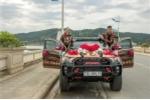 Bộ ảnh cưới siêu 'độc' của cặp đôi đam mê xe bán tải