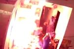 Bình gas mini phát nổ giữa 8 người đang ăn cơm