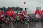 Video: Hàng vạn CĐV 'nhuộm đỏ' sân Mỹ Đình, tiếp lửa cho U23 VN