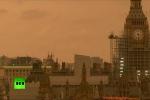 Video: Bầu trời London nhuốm đỏ u ám như tận thế