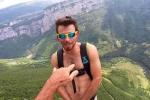 Chàng trai 27 tuổi khỏa thân nhảy từ độ cao 1.000 m mừng sinh nhật