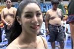 Video: Người đẹp chuyển giới tự tin đi khám nghĩa vụ quân sự ở Thái Lan