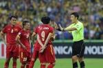 Báo Trung Quốc: Đổi trọng tài, AFC biến bóng đá Trung Quốc thành trò cười