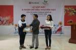 Quỹ khuyến học 'Ươm mầm ước mơ' của SeABank tiếp tục hỗ trợ học phí cho 21 trẻ em nghèo hiếu học