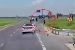 Clip: Ô tô phóng bạt mạng, húc bay người đi xe máy ở Thái Bình