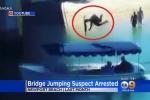 Clip: Nam thanh niên nhảy cầu để sống ảo, đáp trúng người ngồi trên thuyền