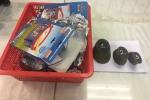 Nam hành khách giấu sừng tê giác trong hộp đồ chơi trẻ em