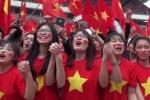 Clip: 'Chảo lửa' Mỹ Đình như nổ tung sau tuyệt phẩm gỡ hoà của Quang Hải
