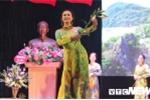 Nữ chiến sỹ An ninh khoe dáng thướt tha trong tà áo dài