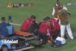 Cầu thủ đột quỵ giữa trận đấu được bác sĩ cứu sống ngay trên sân