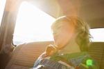 Biện pháp sơ cứu nếu trẻ bị sốc nhiệt do bị bỏ quên trong ô tô