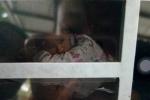 Nữ sinh bị châm thuốc lá vào tay, bắt liếm chân: Đã tìm được kẻ cầm đầu