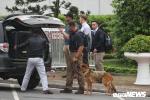 Đặc vụ Mỹ mang chó nghiệp vụ đến sân bay Nội Bài, an ninh thắt chặt trước giờ đón Tổng thống Trump