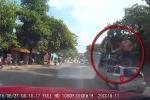 Thanh niên nghi 'ngáo đá' chặn đầu, lao lên nóc ôtô đang chạy