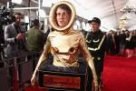 Những thảm họa thời trang tại lễ trao giải Grammy 2019