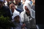 Ảnh: Người thân khóc ngất tiễn đưa lái tàu SE19 về đất mẹ