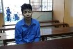 Kẻ đâm thấu tim vợ cũ mỉm cười khi tòa tuyên án tử hình