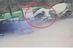 Clip: Xe bồn lao sang làn ngược chiều, tông xe tải thảm khốc ở Hà Giang