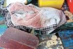 Tìm thấy thi thể người phụ nữ lái đò nghi bị giết, cướp