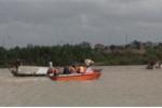 Lật thuyền trên sông, hai cha con ở Quảng Ngãi mất tích