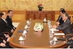 Ông Kim Jong-un mời Tổng thống Hàn Quốc Moon Jae-in thăm Triều Tiên trong thư riêng