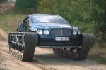 Video: Siêu xe Bentley biến thành xe tăng, vượt mọi địa hình