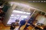 Đâm chết người trước quán karaoke: Camera tiệm bánh 'tố cáo' 2 nữ sinh