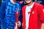 Thu mon Bui Tien Dung trao danh hieu cau thu xuat sac nhat ban ket World Cup cho Perisic hinh anh 2