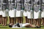 Học viên cảnh sát ngất xỉu trong lễ tốt nghiệp