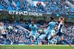 Man City thắng đậm, thu hẹp cách biệt với Chelsea