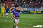 Vô địch lượt đi, Hà Nội FC nhận 'mưa' tiền thưởng từ bầu Hiển