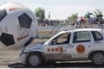 Ô tô đá bóng, xe hơi trở thành cầu thủ với môn thể thao Autoball