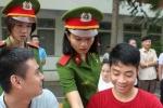 Cao đẳng Cảnh sát nhân dân I: Sinh viên háo hức làm thủ tục nhập học