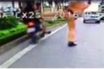 CSGT xoạc chân chặn xe vi phạm: 'Không thể bênh vực cho cái sai'