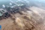 Clip: Rợn tóc gáy xem đập thủy điện Trung Quốc xả lũ