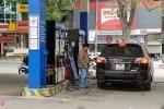 Trước ngày bỏ A92 thay bằng E5, tài xế tuyên bố chỉ mua xăng A95