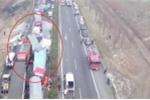 22 xe tải đâm liên hoàn trên cao tốc, nhiều người thương vong