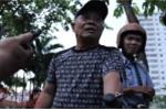 Bị phạt 2 triệu đồng vì tiểu bậy, người đàn ông mếu máo xin ông Đoàn Ngọc Hải bỏ qua