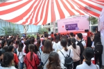 Hàng nghìn học sinh tham dự ngày hội việc làm trường Đại học Luật Hà Nội