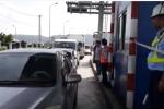 Tài xế tiếp tục dừng xe đòi giảm phí, trạm BOT Ninh An lại xả trạm