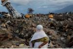 Tang thương thảm họa kép ở Indonesia: Còn ít nhất 5.000 người mất tích